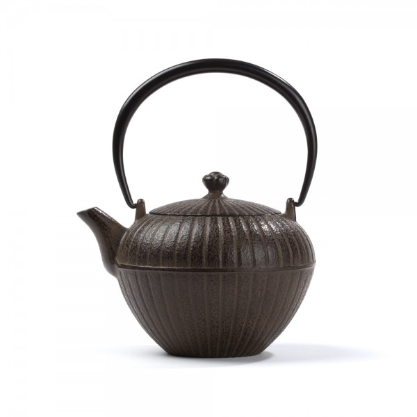 Japanese cast iron teapot - Chakatake 0,55 L - Brown