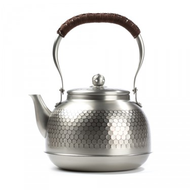 """Yakan"" tin plated copper kettle"