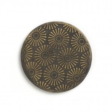 Black and gold cast iron mat