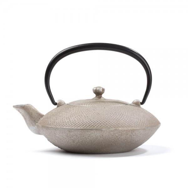 Japanese cast iron teapot - Mayumi 0,4 L - silver