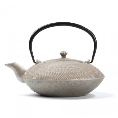 Japanese cast iron teapot - Mayumi 0,85 L - silver